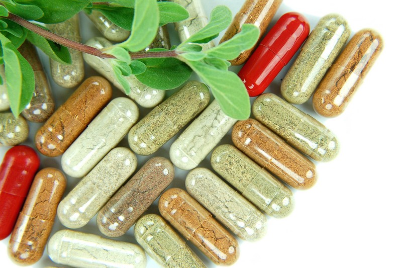 Using Health Dietary Supplements