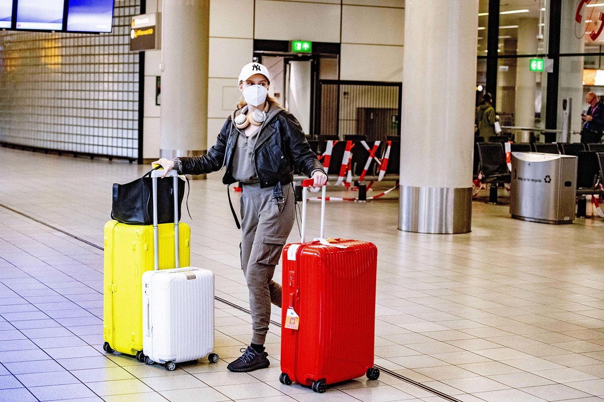 Hygiene tips for frequent travelers